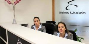 En Maireles Abogados nuestro compromiso con el cliente comienza desde el primer contacto con el cliente.