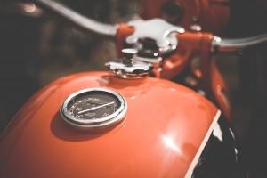 Un ejemplo para indemnización conductor motocicleta